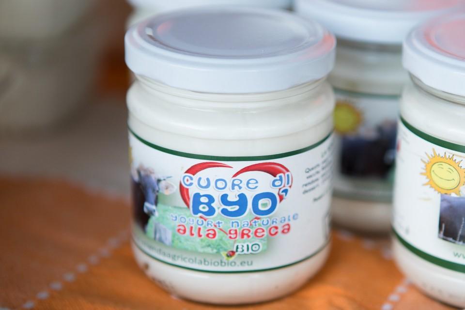 Yogurt bio certificato prodotto dall'azienda agricola biologica BIOBIO di Vobarno (BS)